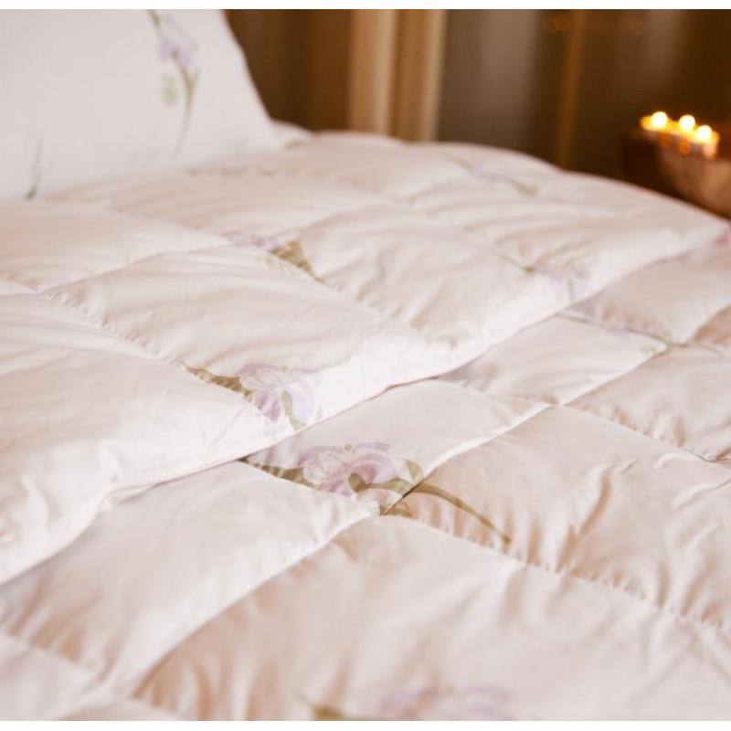 Подушка «Царственный Ирис»