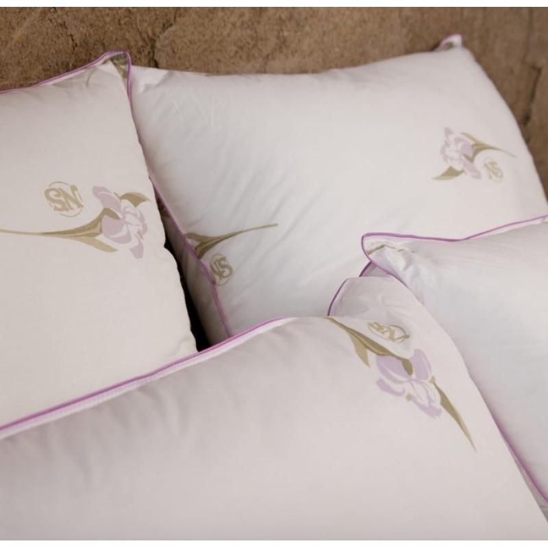 Подушка «Радужный Ирис»